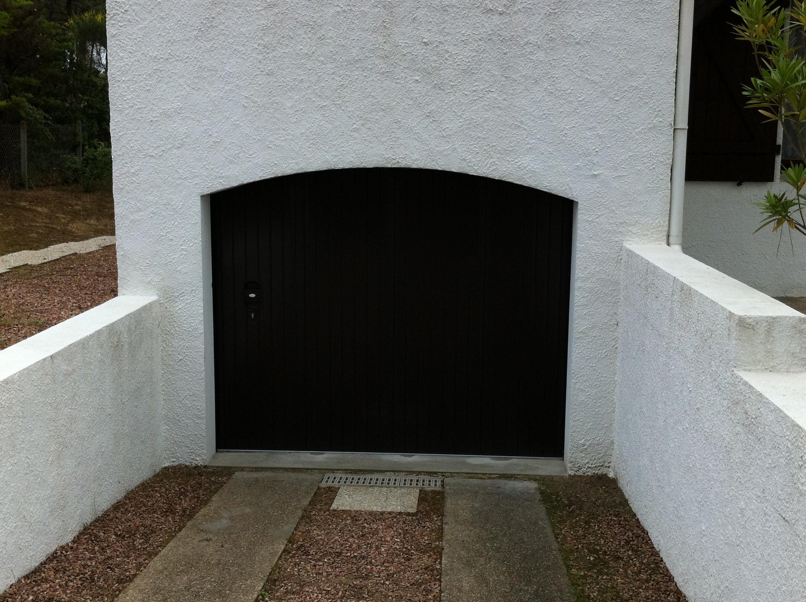 Fermetures, porte de garage, menuiserienFrérot à Sézanne dans la Marne, 51